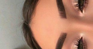 Um Ihrer Make-up-Routine eine sommerliche Farbe zu verleihen, #etwas # add #hi